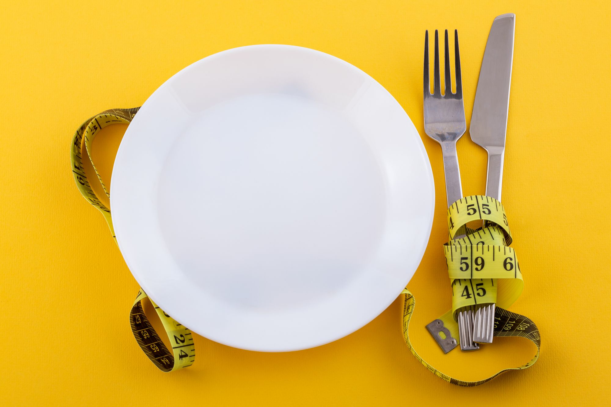 Para emagrecer de forma saudável tenha uma alimentação balanceada. (Reprodução/Freepik)