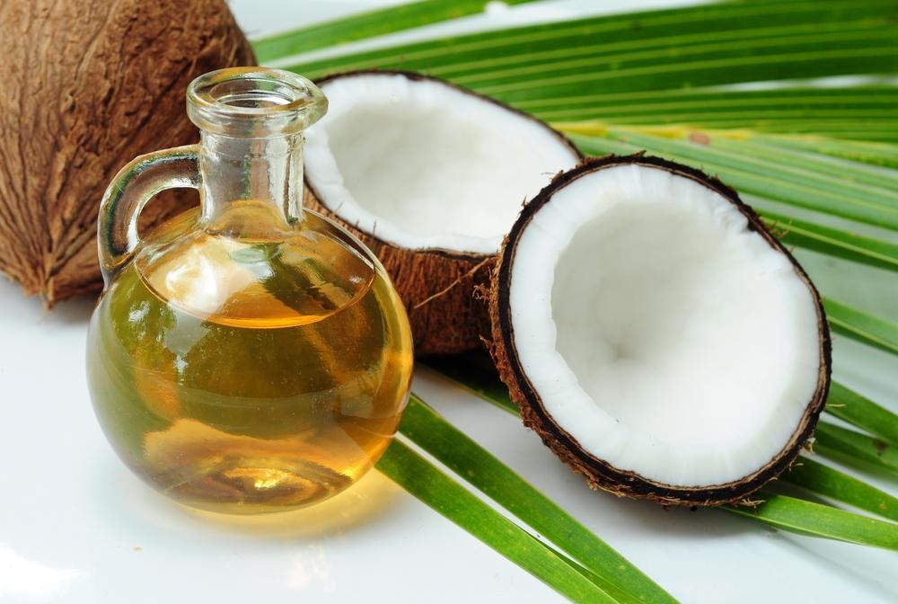 Alimentos que fazem bem para a pele: óleo de coco (Fonte: Tudo de Cacho)