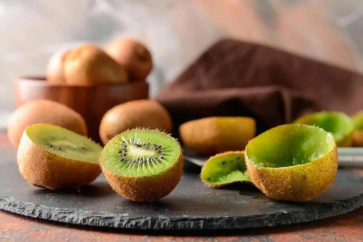 Alimentos que fazem bem para a pele: kiwi (Fonte: Green Me)