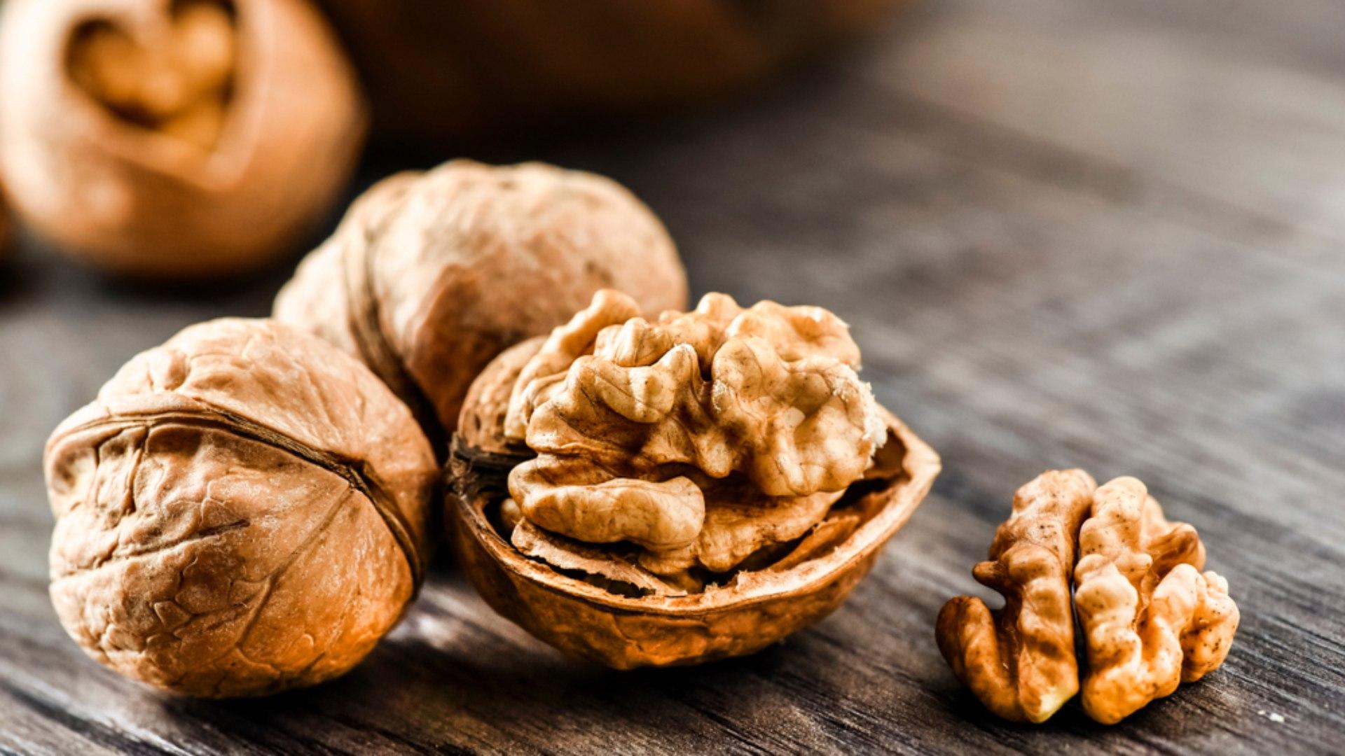 Alimentos que fazem bem para a pele: Nozes (Fonte: Delas)