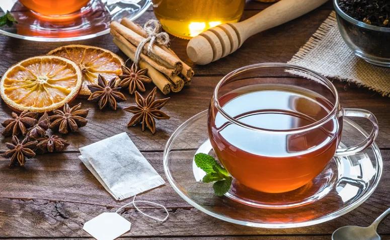 Chás ajudam a melhorar na concentração (Fonte: Dicas de Mulher)