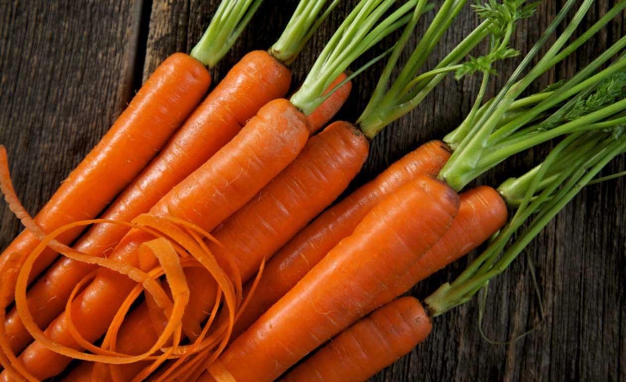 Alimentos que fazem bem para a pele: Cenoura (Fonte: Banco da Saúde)