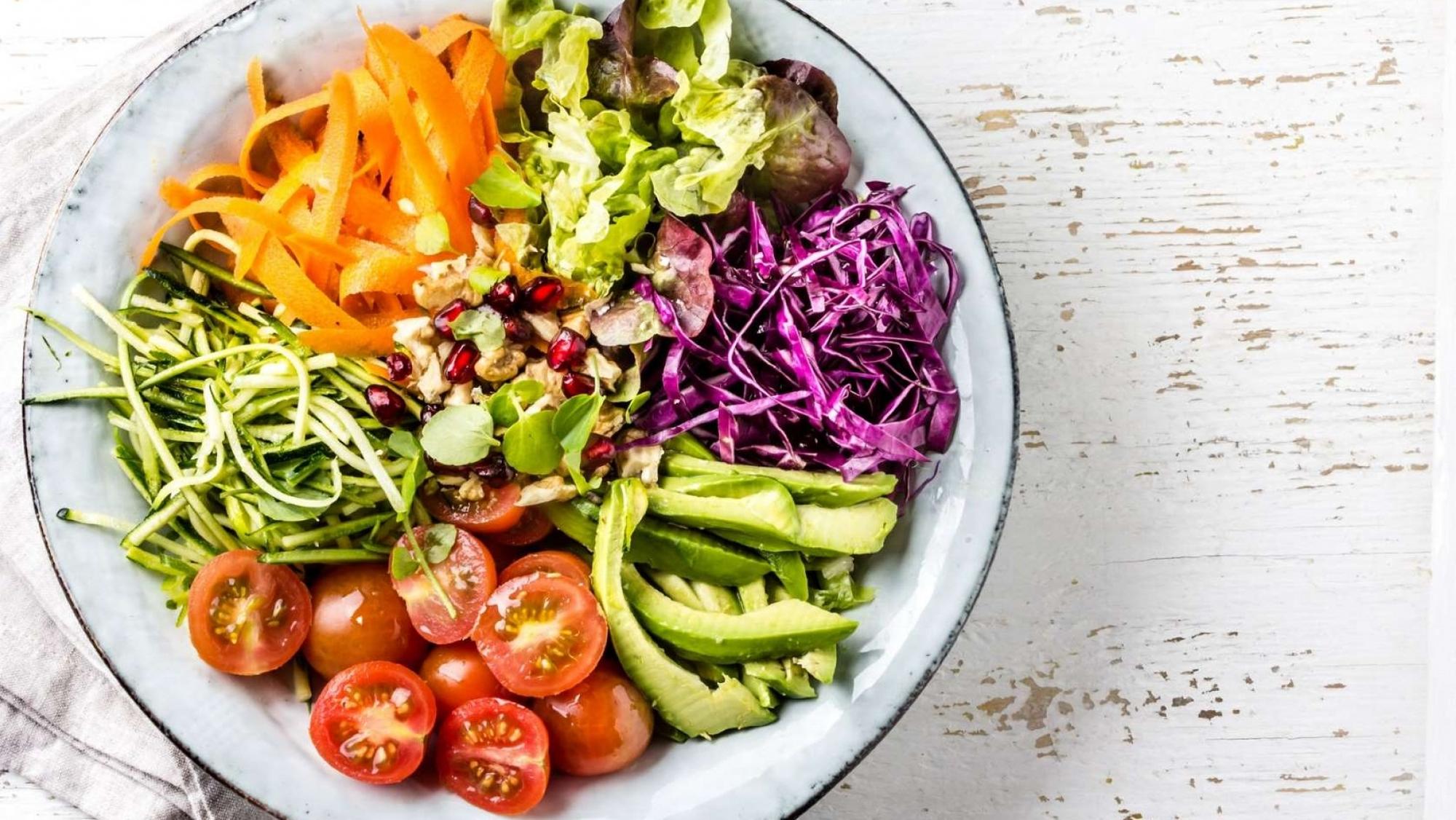 Coma alimentos ricos em proteína, vitamina, fibras e minerais. (Fonte: Portal Morada)