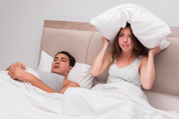 Não conseguir dormir é sinal que o seu corpo precisa de um Detox urgente (Fonte: Freepik)